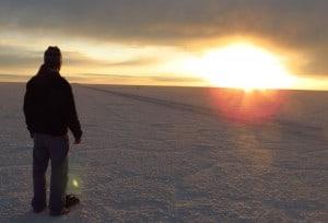 Alexander Gottwald Sungazing im Salar de Uyuni, Bolivien